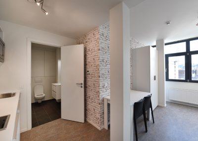 Voor de renovatie van het studentenhuis in Brussel werd de Diamond Board van Knauf gebruikt.