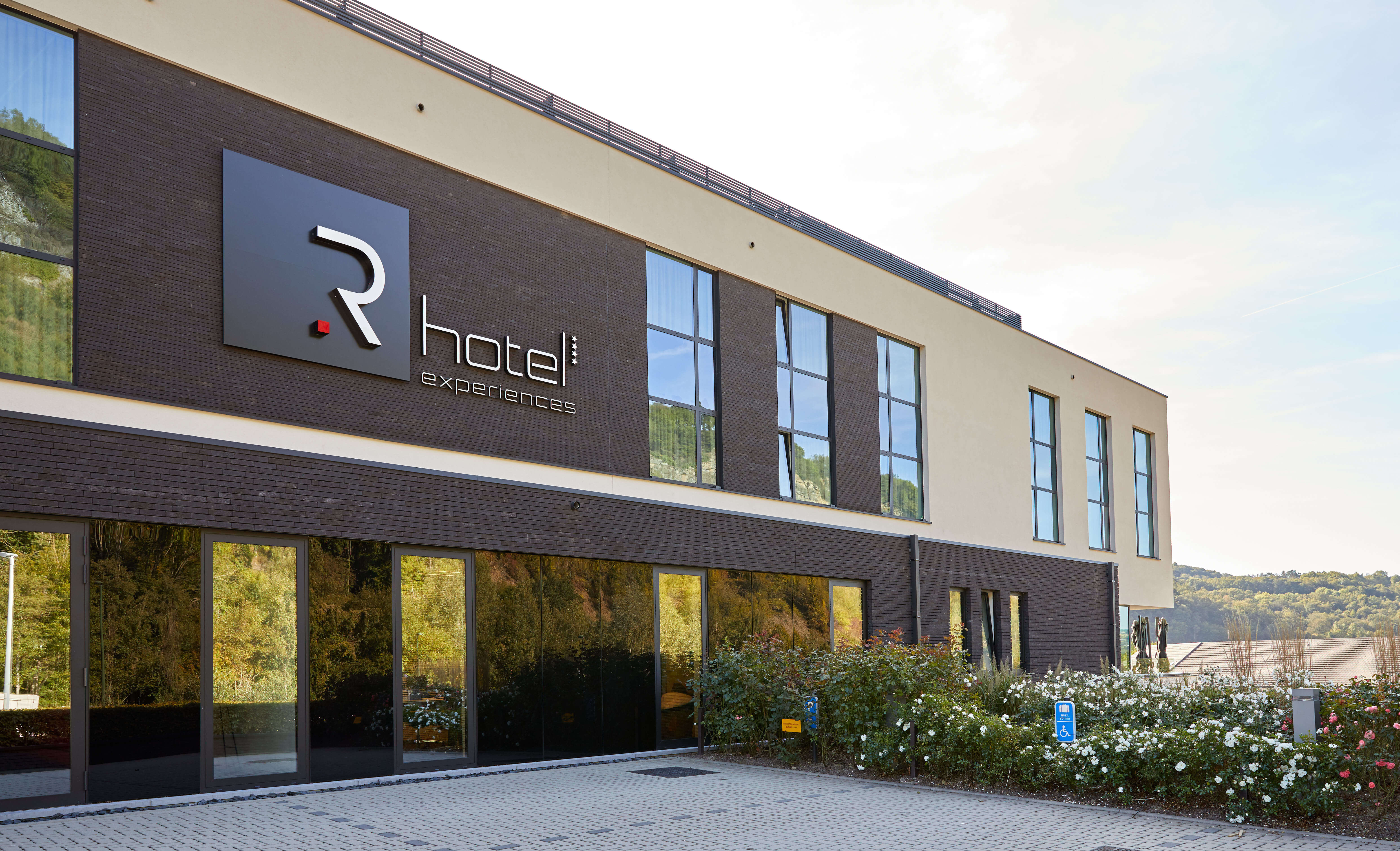 R Hotel Remouchamps Knauf Gevels